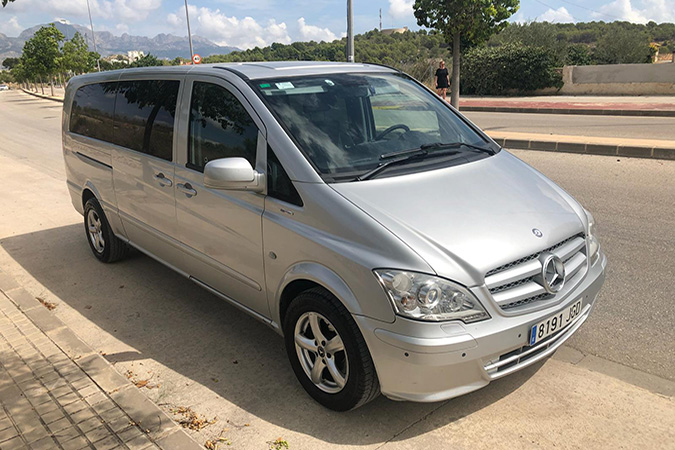airport shuttle - airport transfer- airport service